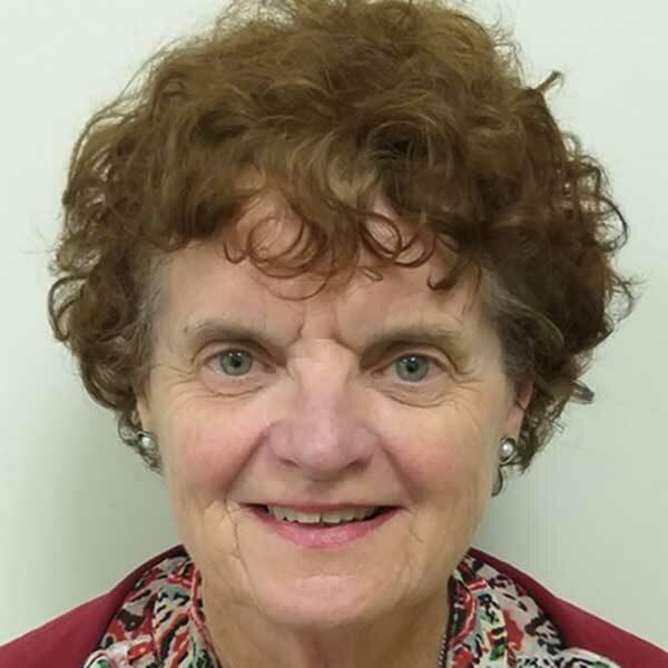 Dr Pauline Smale